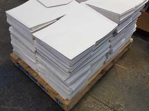 Folders with reinforced glued tabs.